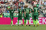 15.07.2017, Borussia Park, Moenchengladbach, GER, TELEKOM CUP 2017 - Borussia Moenchengladnach vs SV Werder Bremen<br /> <br /> im Bild<br /> Max Kruse (Werder Bremen #10) bejubelt seinen Treffer im Elfmeterschiessen zum Finaleinzug mit Robert Bauer (Werder Bremen #4), Jesper Verlaat (Werder Bremen #28), Luca Caldirola (Werder Bremen #3), <br /> <br /> Foto &copy; nordphoto / Ewert