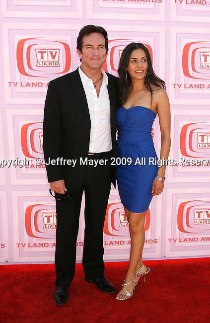 UNIVERSAL CITY, CA. - April 19: Jeff Probst and Shettal arrive at the 2009 TV Land Awards at the Gibson Amphitheatre on April 19, 2009 in Universal City, California.