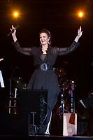 Lynda Carter In Concert