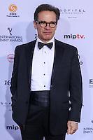 NEW YORK, NY 21.11.2016 - EMMY-2016 -  Peter Scolari durante tapete vermelho do Emmy Internacional 2016 prêmio dos melhores atores e novelas da TV, em Nova York, nos Estados Unidos na noite desta segunda-feira, 21. (Foto: Vanessa Carvalho/Brazil Photo Press)