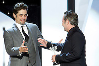 Jorge Perugorria give the Donostia Prize to Benicio del Toro during the 62st San Sebastian Film Festival in San Sebastian, Spain. September 26, 2014. (ALTERPHOTOS/Caro Marin) /NortePHOTO.com /nortephoto.com