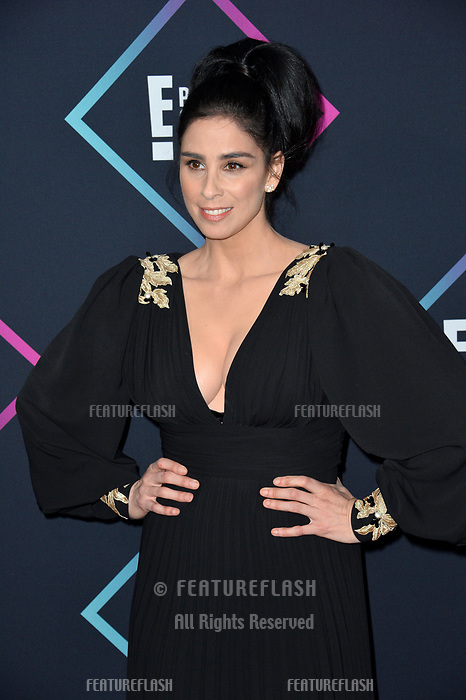 LOS ANGELES, CA. November 11, 2018: Sarah Silverman at the E! People's Choice Awards 2018 at Barker Hangar, Santa Monica Airport.<br /> Picture: Paul Smith/Featureflash