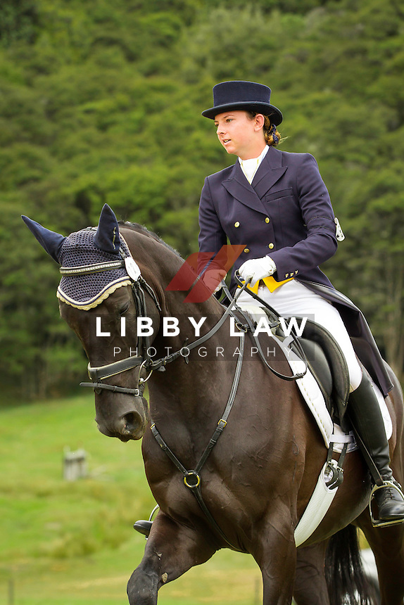 NZL-Samantha Felton (HENTON AFTER DARK)  INTERIM-2ND: TROY WHEELER CONTRACTING CNC2*PLUS: 2014 NZL-Troy Wheeler Contracting Springbush Horse Trial (Saturday 15 February) CREDIT: Libby Law COPYRIGHT: LIBBY LAW PHOTOGRAPHY - NZL