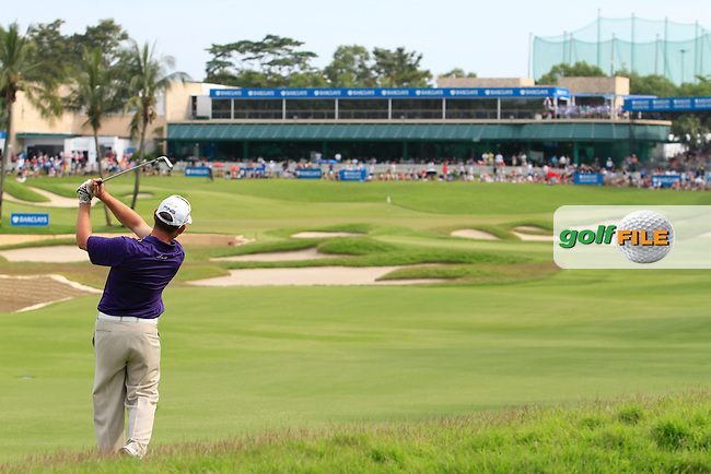 Louis Oosthuizen (RSA) hits on to the 18th green during Round 4 of the Barclays Singapore Open, Sentosa Golf Club, Singapore. 11/11/12..(Photo Jenny Matthews/www.golffile.ie)