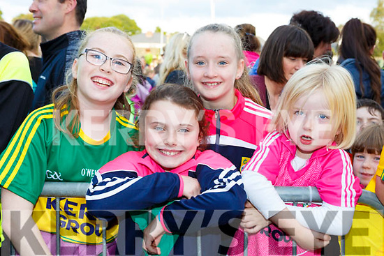 Aisling O'Connor, Aine Hassett, Jorden Mangan and Caoimhe O'Connor welcoming the Kerry minors home to Killarney on Monday evening