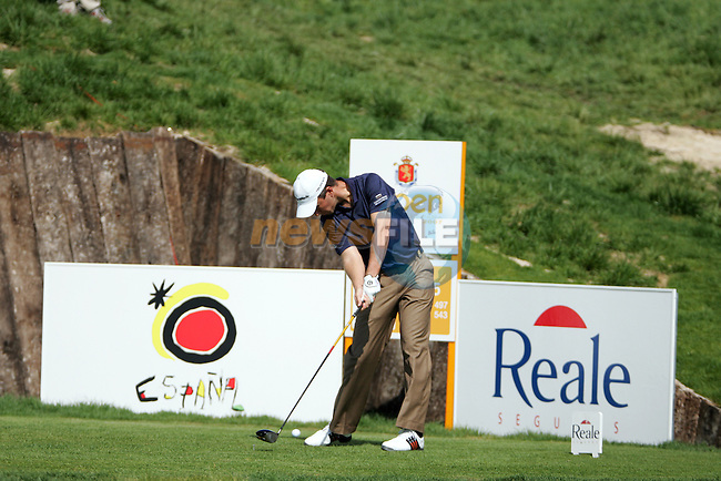 Mark Foster on the 16th tee in the 3rd Round of the Open de Espana in Madrid...Photo NEWSFILE/Manus O'Reilly.(Photo credit should read Manus O'Reilly/NEWSFILE)....This Picture has been sent you under the condtions enclosed by:.Newsfile Ltd..The Studio,.Millmount Abbey,.Drogheda,.Co Meath..Ireland..Tel: +353(0)41-9871240.Fax: +353(0)41-9871260.GSM: +353(0)86-2500958.email: pictures@newsfile.ie.www.newsfile.ie.FTP: 193.120.102.198..