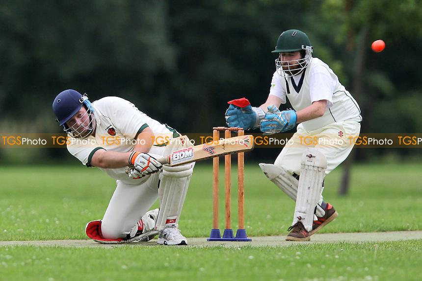 Old Ranwellians CC (fielding) vs Wrong'uns CC - Victoria Park Community Cricket League at Victoria Park, London - 09/07/12 - MANDATORY CREDIT: Gavin Ellis/TGSPHOTO - Self billing applies where appropriate - 0845 094 6026 - contact@tgsphoto.co.uk - NO UNPAID USE.