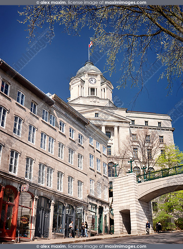 Old Post Office historic building taken from rue Cote de la Montagne in Old Quebec City on a sunny day. Postes Canada, Côte de la Montagne, Ville de Québec, Canada. Spring 2017.