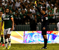 CALI - COLOMBIA - 14 - 06 - 2017: Carlos Mario Herrera (Der.), arbitro, muestra tajeta amarilla a Andres Perez (Izq.), jugador de Deportivo Cali, durante partido de ida de la final entre Deportivo Cali y Atletico Nacional, por la Liga Aguila I-2017, jugado en el estadio Deportivo Cali (Palmaseca) de la ciudad de Cali. / Carlos Mario Herrera (R) referre, shows yellow card to Andres Perez (L), player of Deportivo Cali, during a match of the first leg of the finals between Deportivo Cali and Atletico Nacional, for the Liga Aguila I-2017 at the Deportivo Cali (Palmaseca) stadium in Cali city. Photo: VizzorImage  / Luis Ramirez / Staff.