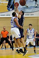 ZWOLLE - Basketbal, Landstede - Donar, Halve finale beker, seizoen 2017-2018, 18-02-2018, Donar speler Drago Pasalic met Landstede speler Franko House