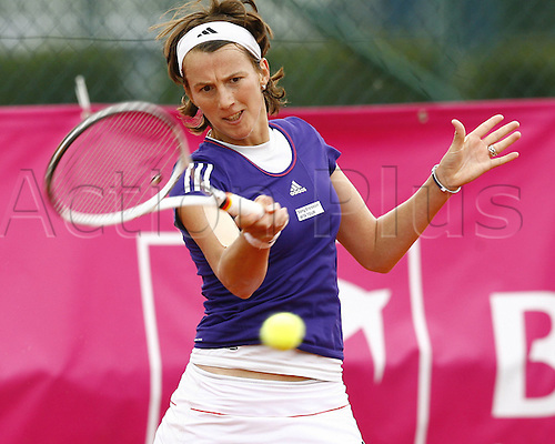 19 05 2010. WTA Womens Open Tennis Strasbourg France.   Kristina Barrois ger plays a forehand return of service