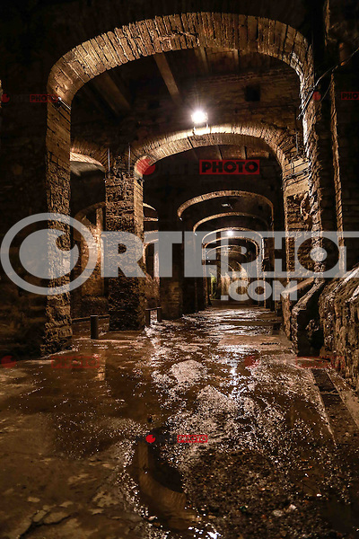 Guanajuato tunnels are a symbol of this historic city. Through these tunnels you can explore the bowels of Guanajuato addition to admire this impressive architectural gems, reflecting the mining activity that has long characterized the city of Guanajuato.