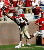 TALLAHASSEE, FL 10/31/09-FSU-NCST FB09 CH47-Florida State's Bert Reed can't hang on to a pass during second half action against N.C. State, Saturday at Doak Campbell Stadium in Tallahassee. The Seminoles beat the Wolf Pack 45-42..COLIN HACKLEY PHOTO