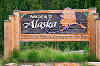 Welcome to Alaska sign at the Alaska / Canada border