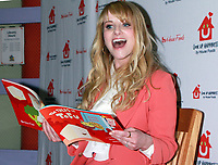 APR 15 Melissa Rauch Reads The Tales of Tofu