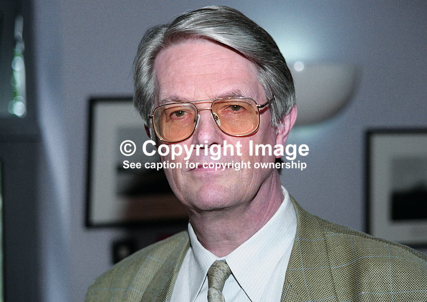 Colin Smythe, Colin Smythe Ltd, Gerrards Cross, Buckinghamshire, England, UK, publisher, bibliographer, Yeats, Yeats Summer School, Sligo, Rep of Ireland, 199908005.<br /> <br /> Copyright Image from Victor Patterson,<br /> 54 Dorchester Park, <br /> Belfast, UK, BT9 <br /> <br /> t1: +44 28 9066 1296 (from Rep of Ireland 048 90661296)<br /> t2: +44 28 9002 2446 (from Rep of Ireland 048 9002 2446)<br /> <br /> m: +44 7802 353836<br /> <br /> e: victorpatterson@me.com<br /> www.victorpatterson.com<br /> <br /> Please see my Terms and Conditions of Use at www.victorpatterson.com. It is IMPORTANT that you familiarise yourself with them.<br /> <br /> Images used on the Internet must be visibly watermarked i.e. &copy; Victor Patterson<br /> within the body of the image and copyright metadata must not be deleted. Images <br /> used on the Internet have a size restriction of 4kbs and will be chargeable at current<br />  NUJ rates unless agreed otherwise.<br /> <br /> This image is only available for the use of the download recipient i.e. television station, newspaper, magazine, book publisher, etc, and must not be passed on to any third <br /> party. It is also downloaded on condition that each and every usage is notified within 7 days to victorpatterson@me.com<br /> <br /> The right of Victor Patterson to be identified as the author is asserted in accordance with The Copyright Designs And Patents Act (1988). All moral rights are asserted.