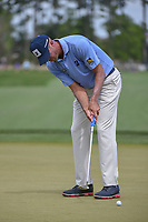 Matt Kuchar (USA) watches his putt on 1 during round 4 of the Houston Open, Golf Club of Houston, Houston, Texas. 4/1/2018.<br /> Picture: Golffile | Ken Murray<br /> <br /> <br /> All photo usage must carry mandatory copyright credit (&copy; Golffile | Ken Murray)