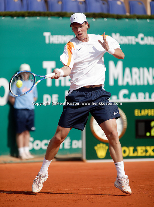 18-4-06, Monaco, Tennis,Master Series, Berdych in action against Santoro