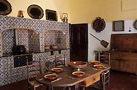 Europe/Espagne/Baléares/Minorque/Ciutadella : Palais Salort (début XIX° siècle)- La cuisine