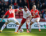 Che Adams of Sheffield Utd held by Harry Davis of Crewe Alexandra] during the Sky Bet League One match at Bramall Lane Stadium. Photo credit should read: Simon Bellis/Sportimage