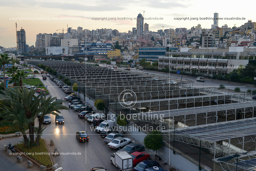 LEBANON, Beirut, Beirut River Solar Snake (BRSS) project, solar panel covering the Beirut River between the Armenia bridge and Yerevan bridge in Bourj Hammoud / LIBANON, Beirut, Solaranlage bedeckt den Beirut Fluss