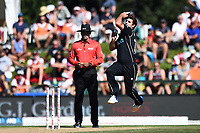 Blackcaps Colin de Grandhomme during the 5th ODI Blackcaps v England. Hagley Oval, Christchurch, New Zealand. Saturday 10 March 2018. ©Copyright Photo: Chris Symes / www.photosport.nz