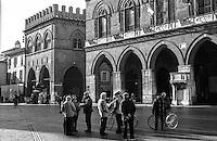 Cremona, piazza del Comune, zona centro. Palazzi storici --- Cremona, del Comune square, downtown. Historical buildings