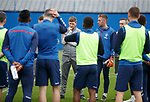 24.09.2019 Rangers training: Steven Gerrard with his players
