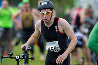 10 MAY 2015 - ST. NEOTS, GBR - William Eastwood, racing in the men's 30-34 category, runs through transition for the start of the bike during the 2015 British Sprint Triathlon Championships at Riverside Park in St. Neots, Great Britain (PHOTO COPYRIGHT © 2015 NIGEL FARROW, ALL RIGHTS RESERVED)