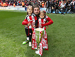 Sheffield United's Kieron Freeman celebrates with the trophy during the League One match at Bramall Lane, Sheffield. Picture date: April 30th, 2017. Pic David Klein/Sportimage