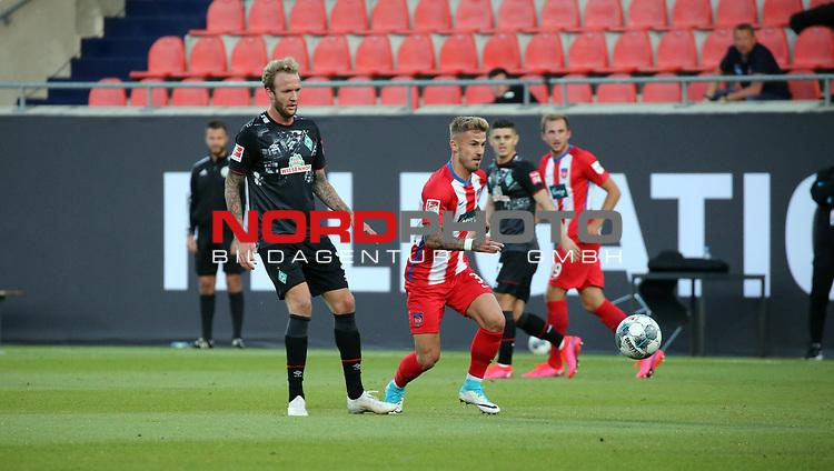 v.l. Kevin Vogt (SV Werder Bremen), Niklas Dorsch (1. FC Heidenheim)<br /> <br /> Deutschland, Heidenheim, 06.07.2020, Fussball, Bundesliga, Saison 2019/2020, Relegation, 1. FC Heidenheim - SV Werder Bremen :nphgm001: 06.07.2020<br /> <br /> DFL/DFB REGULATIONS PROHIBIT ANY USE OF PHOTOGRAPHS AS IMAGE AND/OR QUASI-VIDEO<br /> <br /> Foto: Pressefoto Rudel/Robin Rudel/Pool/gumzmedia/nordphoto