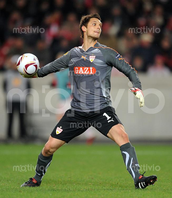 FUSSBALL  UEFA Europa League  Zwischenrunde 2010/2011  24.02.2011 VfB Stuttgart - Benfica Lissabon Torwart Sven Ulreich (VfB Stuttgart)