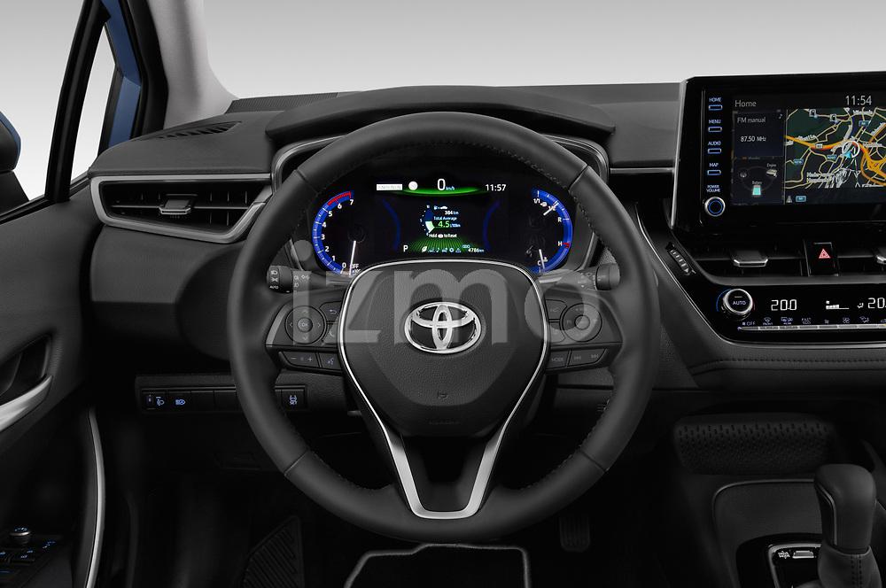Car pictures of steering wheel view of a 2019 Toyota Corolla Dynamic 4 Door Sedan