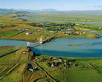 Iða og Laugarás séð til norðausturs, Iðubrú yfir Hvítá, Bláskógabyggð áður Biskupstungnahreppur . Ida and Laugaras viewing northeast. Blaskogabyggd former Biskupstungnahreppur.