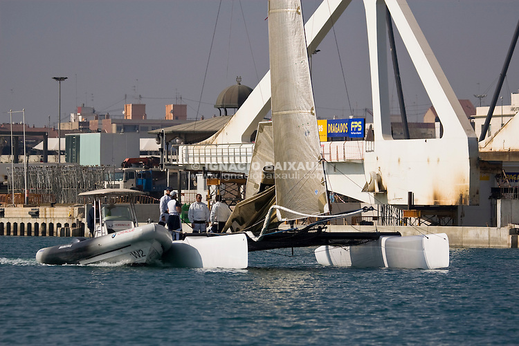 BMW Oracle Racing Team starts training with Extreme 40 - Port America's Cup - Valencia 8/2/2008