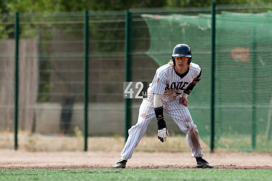 23 May 2009: Luc Piquet of Rouen takes a lead off first base during the 2009 challenge de France, a tournament with the best French baseball teams - all eight elite league clubs - to determine a spot in the European Cup next year, at Montpellier, France. Rouen wins 6-2 over La Guerche.