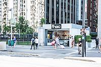 S&Atilde;O PAULO,SP, 01.03.2017 - FNAC-SP - <br /> Vista da fachada da livraria Fnac na avenida Paulista em S&atilde;o Paulo (SP), nesta quarta-feira (1). A distribuidora de produtos eletr&ocirc;nicos, culturais e eletrodom&eacute;sticos francesa Fnac Darty anunciou na &uacute;ltima ter&ccedil;a-feira (28) que vai encerrar suas atividades no Brasil, ao mesmo tempo em que indicou que a companhia havia registrado um resultado l&iacute;quido em equil&iacute;brio (zero) em 2016. A Fnac anunciou a inten&ccedil;&atilde;o de vender a filial brasileira. O grupo come&ccedil;ou um processo ativo para buscar um s&oacute;cio que d&ecirc; lugar &agrave; retirada do pa&iacute;s. (Foto: Rog&eacute;rio Gomes/Brazil Photo Press)