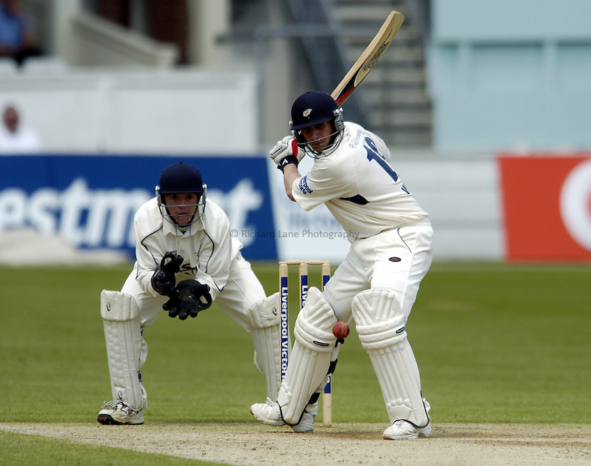 Photo: Olly Greenwood..Kent v Yorkshire. LV County Championship, Division 1. 13/05/2006. Yorkshire's Matthew Wood bats as Kent's Niall O'Brien keeps wicket.