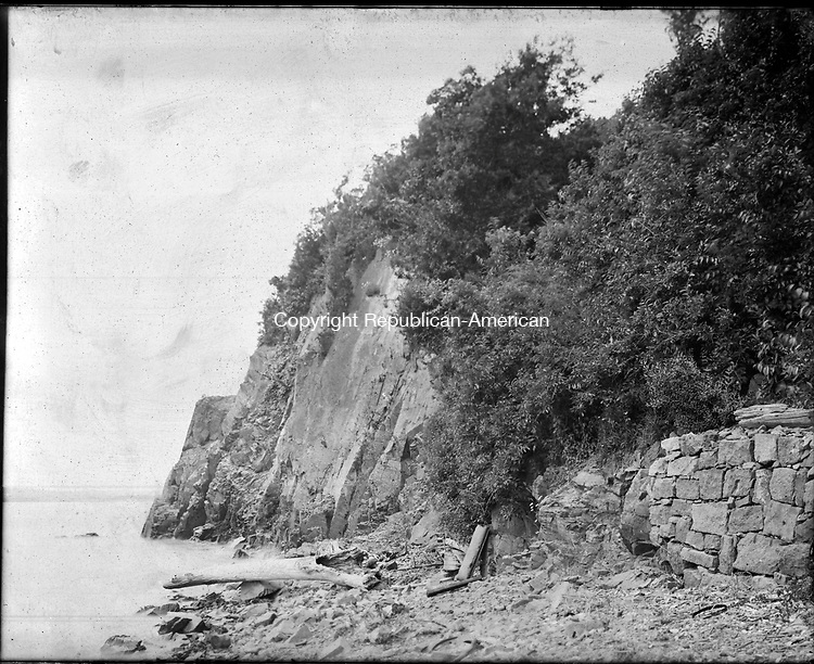 Frederick Stone negative. Cliffs Lighthouse, more commonly known as 'Palisades'.<br />Undated photo
