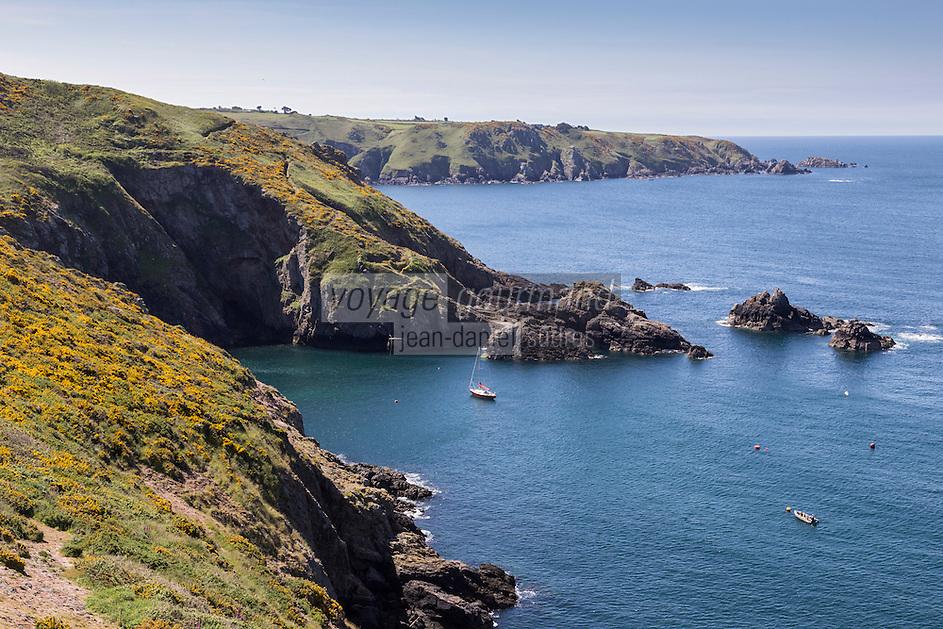 Royaume-Uni, îles Anglo-Normandes, île de Sark (Sercq) :  Cote Rocheuse a Havre Gosselin // United Kingdom, Channel Islands, Sark Island (Sercq) : Havre Gosselin