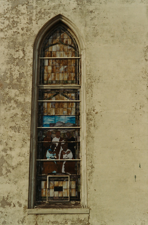 1966 June..Conservation.Downtown North (R-8)..Bank Street Baptist Church.501 Bank Street.Views of Stained Glass Windows..3. Closeup of Window B...NEG#.NRHA#..