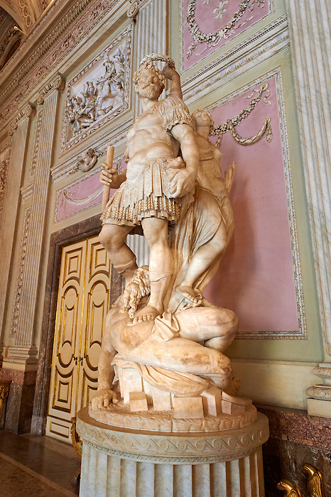 """""""The Room of the Bodyguards"""" - The statue of Alessandro Farnese dressed as a Roman commander being crowned for the victory over the people of Flanders and returning them to Roman Catholisism. The statue is by Simone Moschino.The Kings of Naples Royal Palace of Caserta, Italy. A UNESCO World Heritage Site"""
