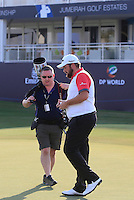 Shane Lowry (IRL) on the 18th green with Fran Caffrey (Golffile) during the preview for the DP World Tour Championship at the Earth course,  Jumeirah Golf Estates in Dubai, UAE,  18/11/2015.<br /> Picture: Golffile | Thos Caffrey<br /> <br /> All photo usage must carry mandatory copyright credit (&copy; Golffile | Thos Caffrey)