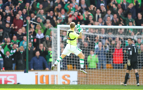 09.04.2016. Fir Park, Motherwell, Scotland. Scottish Football Premiership Motherwell versus Celtic. Leigh Griffiths leaps to celebrate his goal for 0-1 in the 44th minute