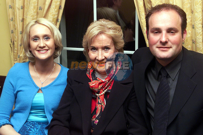 Siobhan Moore, Maureen Moore and Clive Sheridan at the Fashion Show in the Little Strand, Clogherhead..Picture Paul Mohan Newsfile