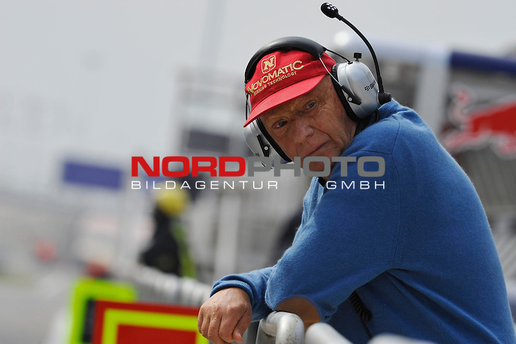 Niki Lauda (AUT) 3x F1 World Champion, Mercedes-Benz non-executive chairman of the board of directors<br />  Foto &copy; nph / Mathis