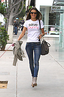 Alessandra Ambrosio goes to the hair salon with her dog - Los Angeles