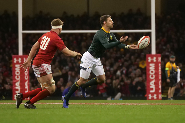 South Africa's Willie Le Roux during the game <br /> <br /> Photographer Ian Cook/CameraSport<br /> <br /> Under Armour Series Autumn Internationals - Wales v South Africa - Saturday 24th November 2018 - Principality Stadium - Cardiff<br /> <br /> World Copyright © 2018 CameraSport. All rights reserved. 43 Linden Ave. Countesthorpe. Leicester. England. LE8 5PG - Tel: +44 (0) 116 277 4147 - admin@camerasport.com - www.camerasport.com