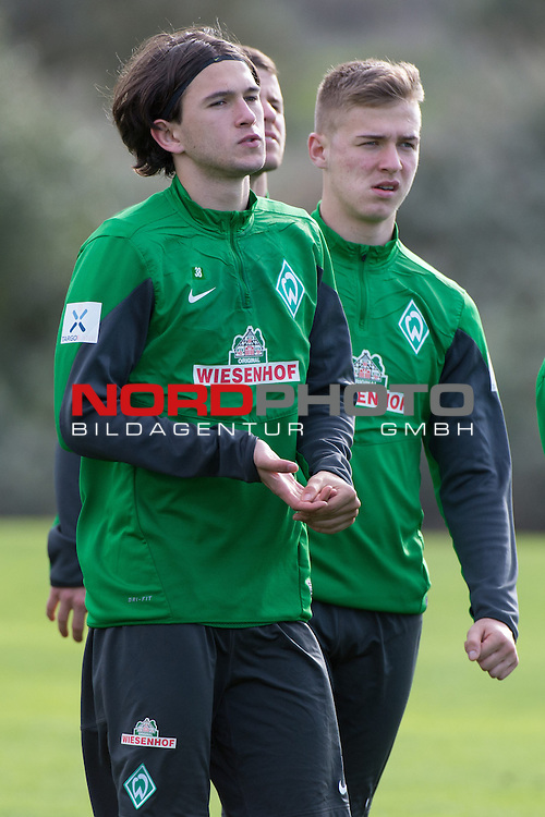 Trainingsgel&auml;nde, Jerez, ESP, 1.FBL, Trainingslager Werder Bremen 2014,  13.01.2014, <br /> <br /> <br /> Martin Kobylanski (Bremen #33)<br /> Julian von Haacke (Bremen #38)<br /> <br /> Foto &copy; nordphoto/ Kokenge