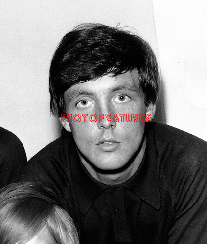 Dave Clark 5 1965 Mike Smith.© Chris Walter.